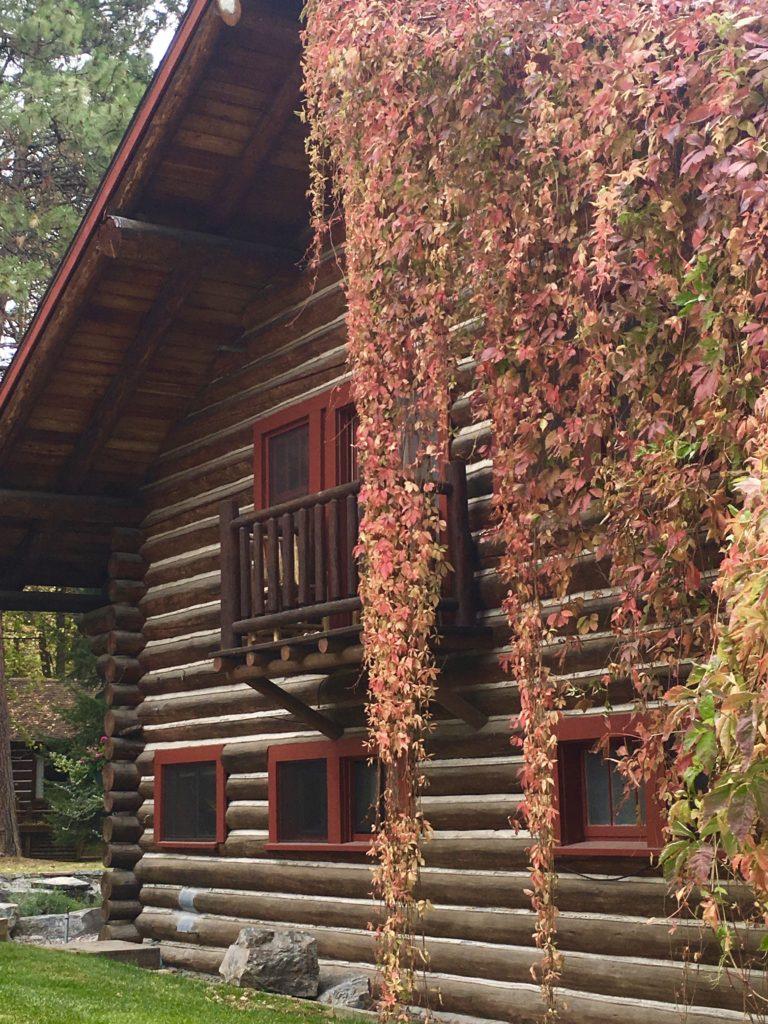 Flathead Lake Lodge in Bigfork Montana @montanahappy.com