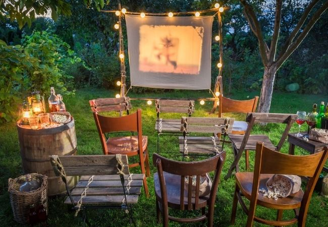 List of Ideas for Summer - Outdoor movie