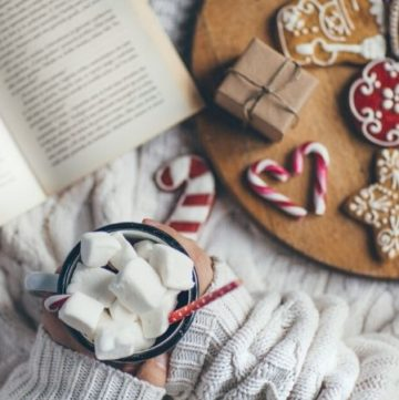 21 Hygge Christmas Ideas to Warm Your Soul